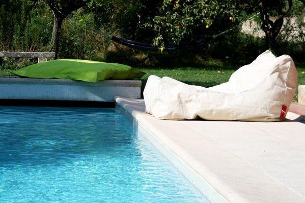 coussin g ant d 39 ext rieur c 39 est l 39 t pinterest g ant ext rieur et coins. Black Bedroom Furniture Sets. Home Design Ideas