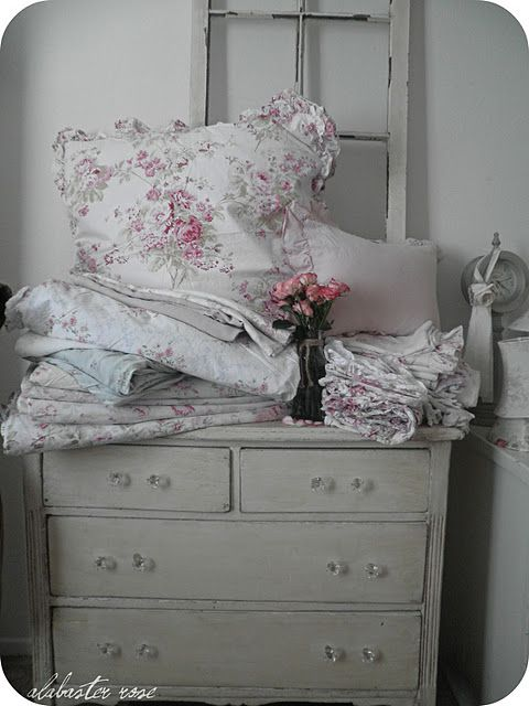 rachel ashwell bedding.....mmmm