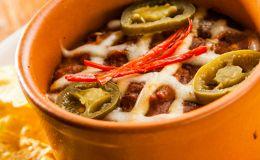 Aprenda a fazer um tradicional chilli com carne com essa receita do Sí Señor!