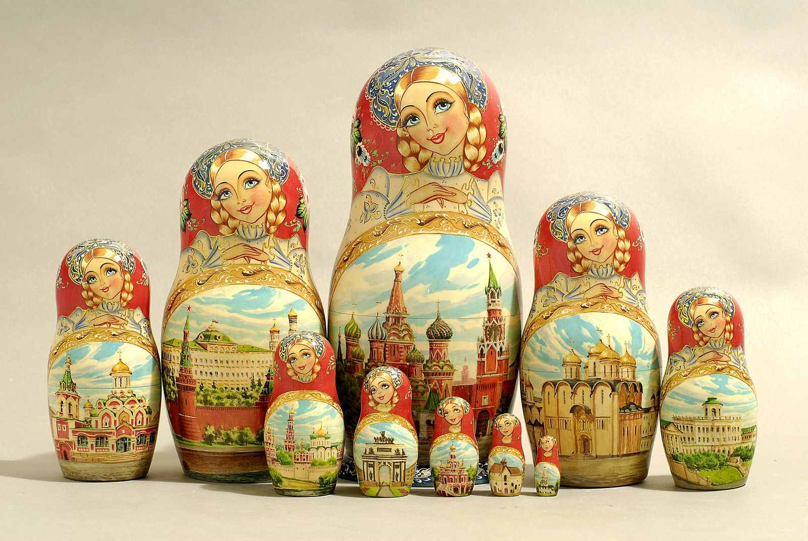 "10 Piece ""Vyatskaya Matryoshka"" number 63162"