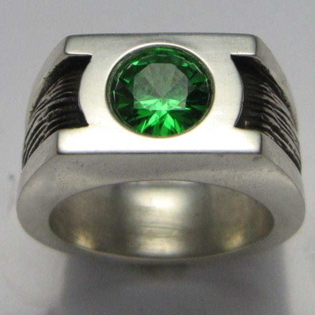 Green Lantern Wedding Band Geek Wedding Rings Geeky Engagement Rings Green Engagement Rings