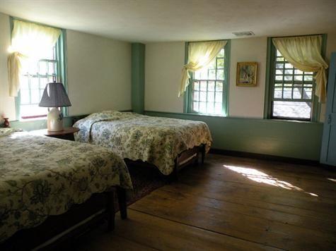 Colonial Home Primitive Decor Ideas