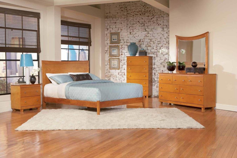 Antique Walnut Miami Queen Bed w/ Open Foot Rail AP8741004