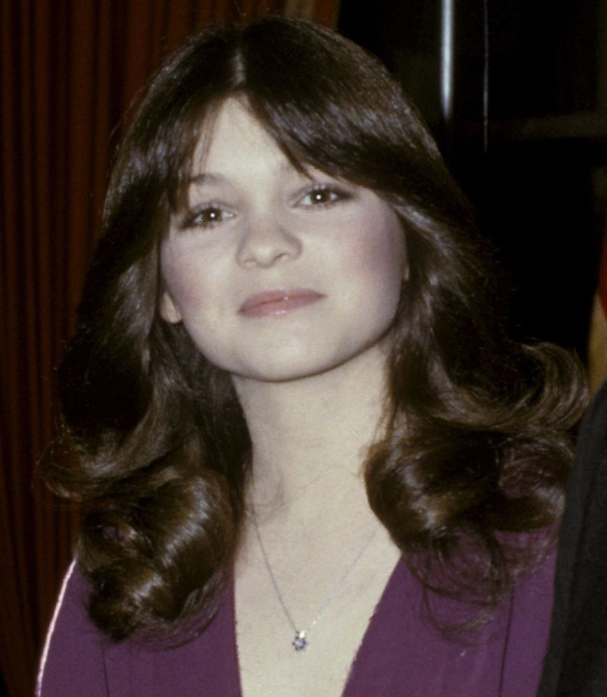 Valerie Bertinelli 1979 About Hair Hair Feathered Hairstyles