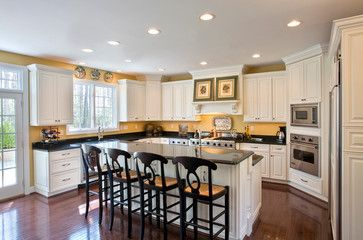 Kitchens - traditional - kitchen cabinets - other metro ...