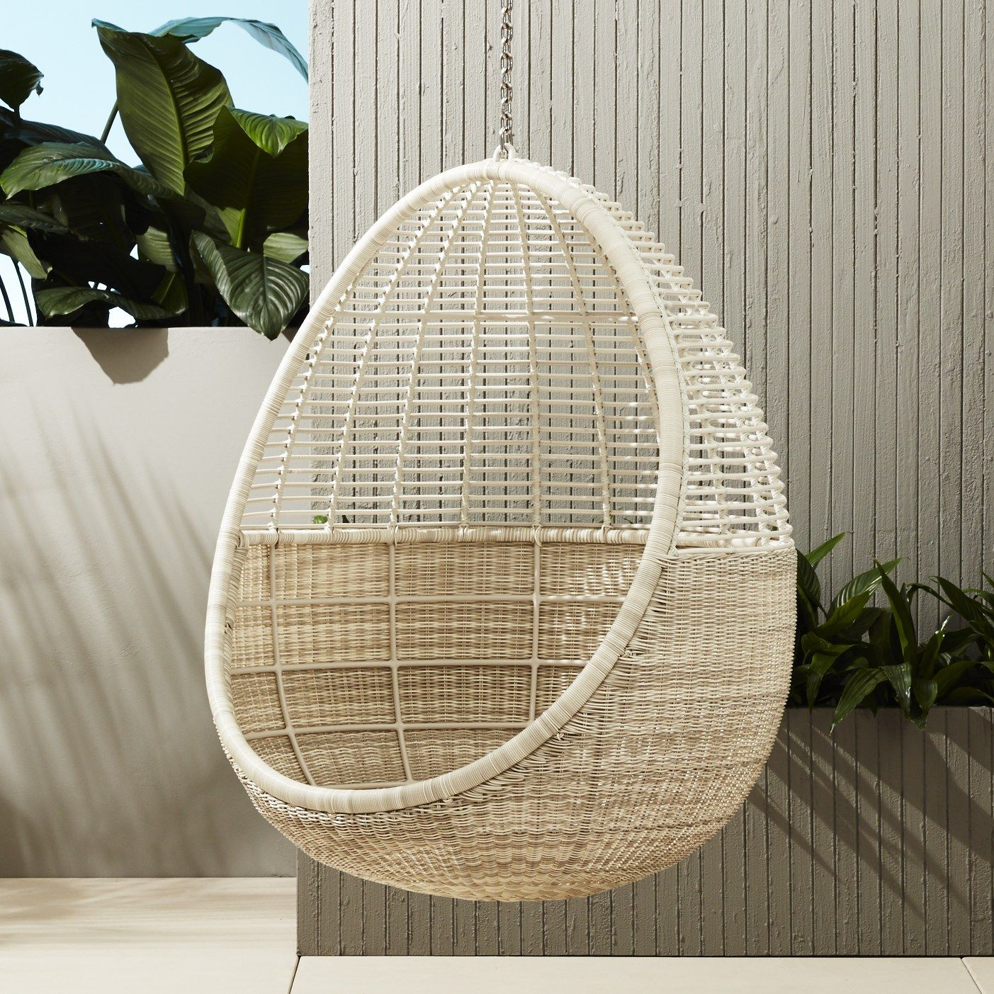 10 Hanging Chairs Youu0027ll Never Want To Get Out Of