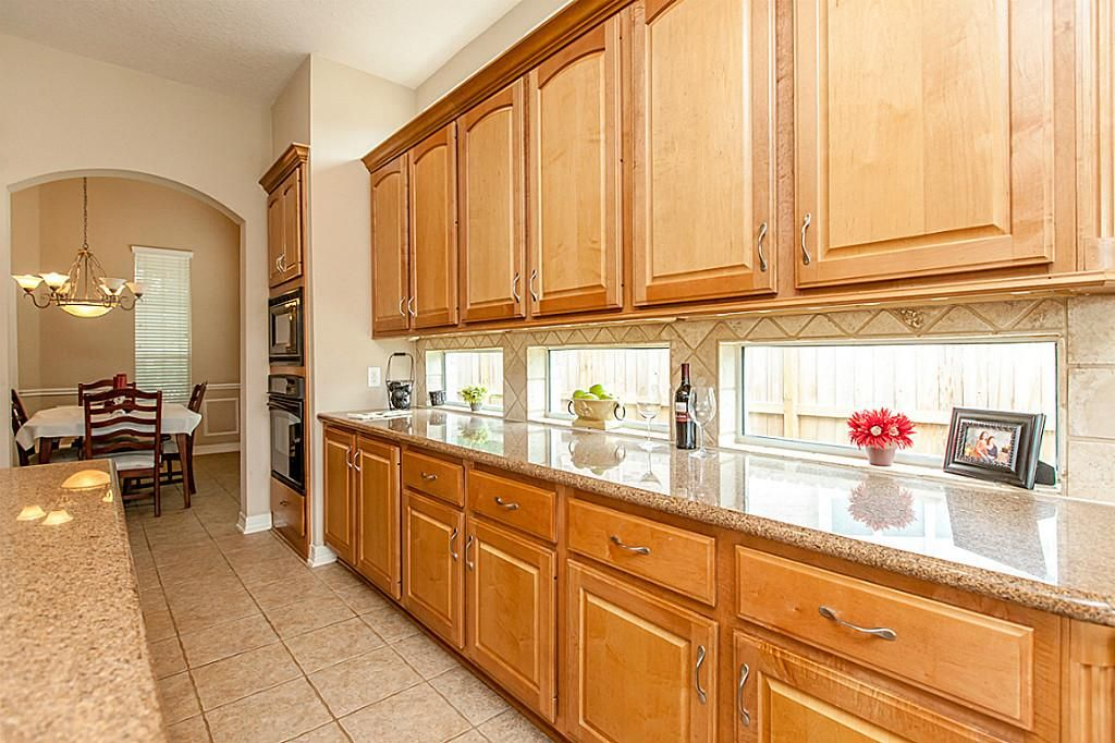kitchen windows under cabinet - Google Search | For Our North ...