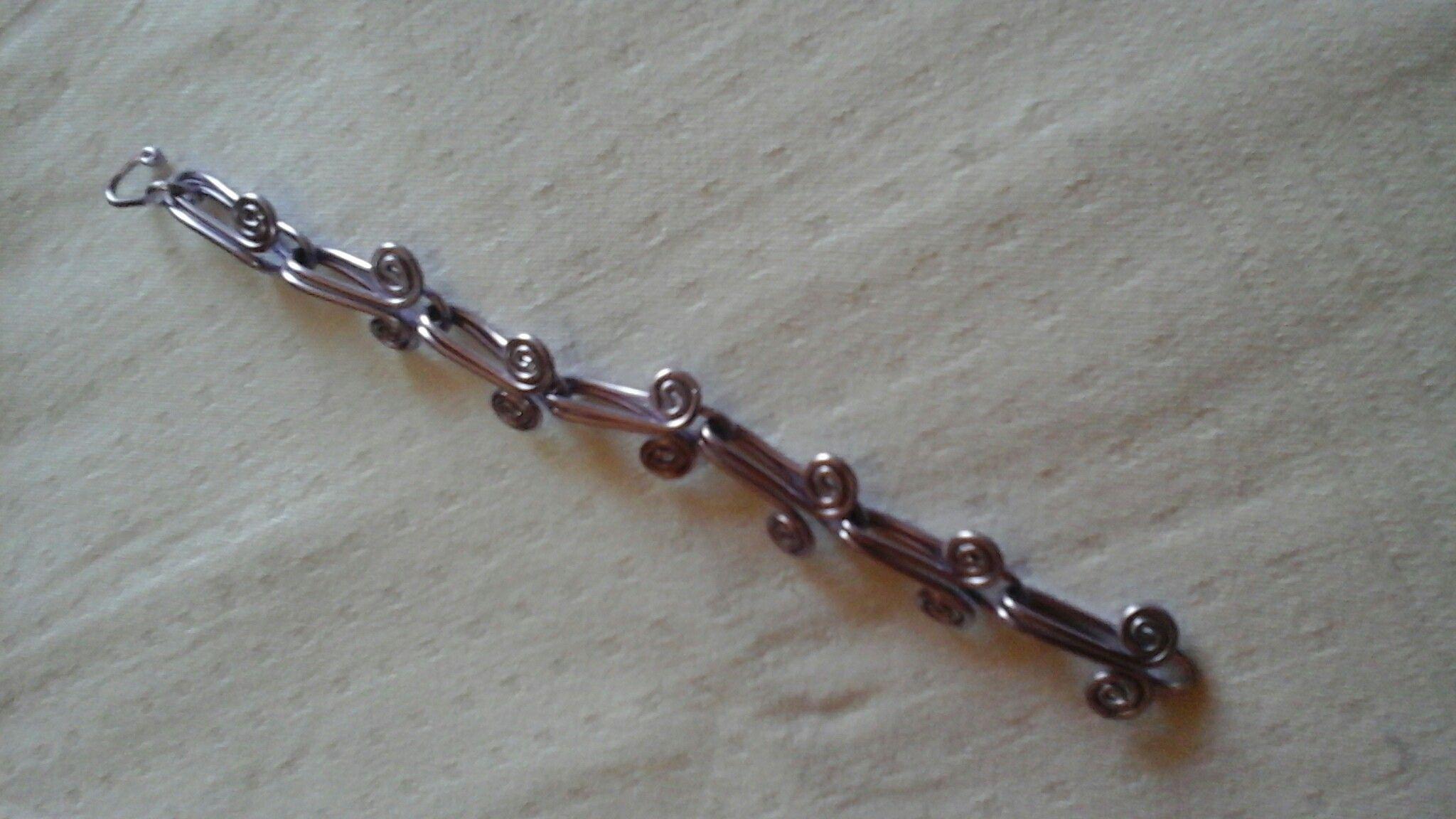 Bracciale alluminio color glicine € 15,00