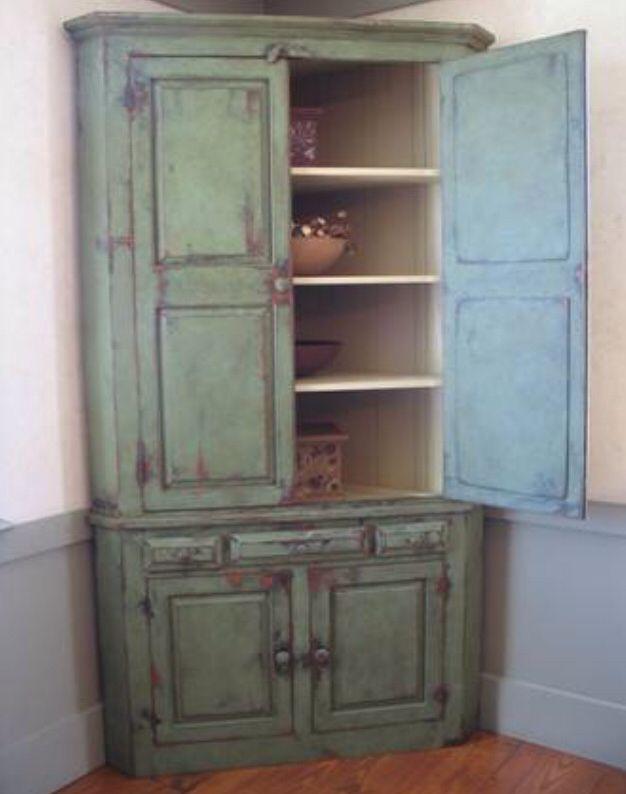 diy distressed bathroom vanity%0A Chalk pain distress corner cabinet DIY