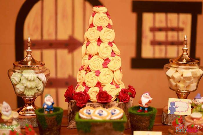 meringue tower from a snow white the seven dwarfs birthday party on kara s party ideas