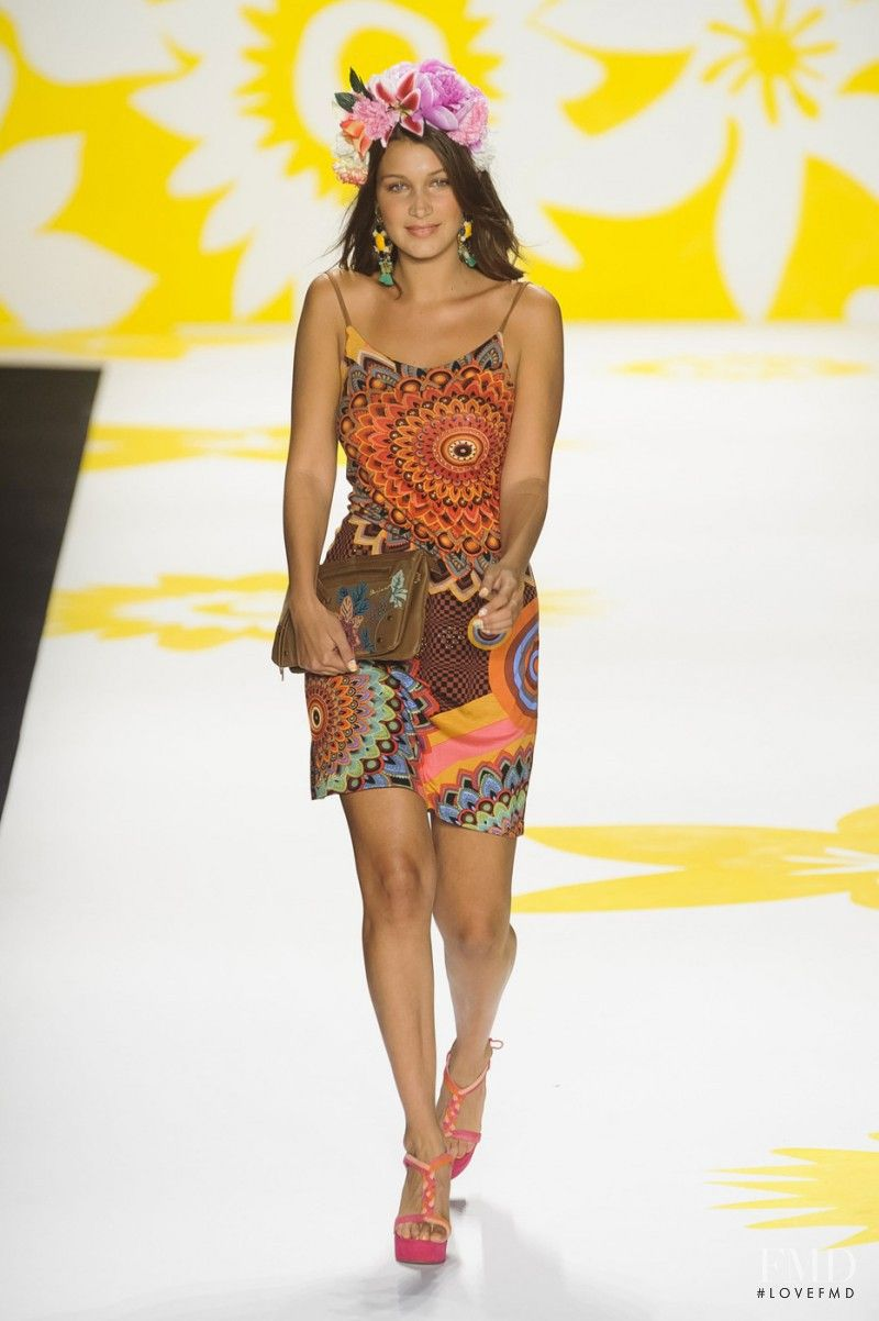42a44d928bc3 Bella Hadid - Desigual - Spring Summer 2015 Ready-to-Wear - new york -  Fashion Show