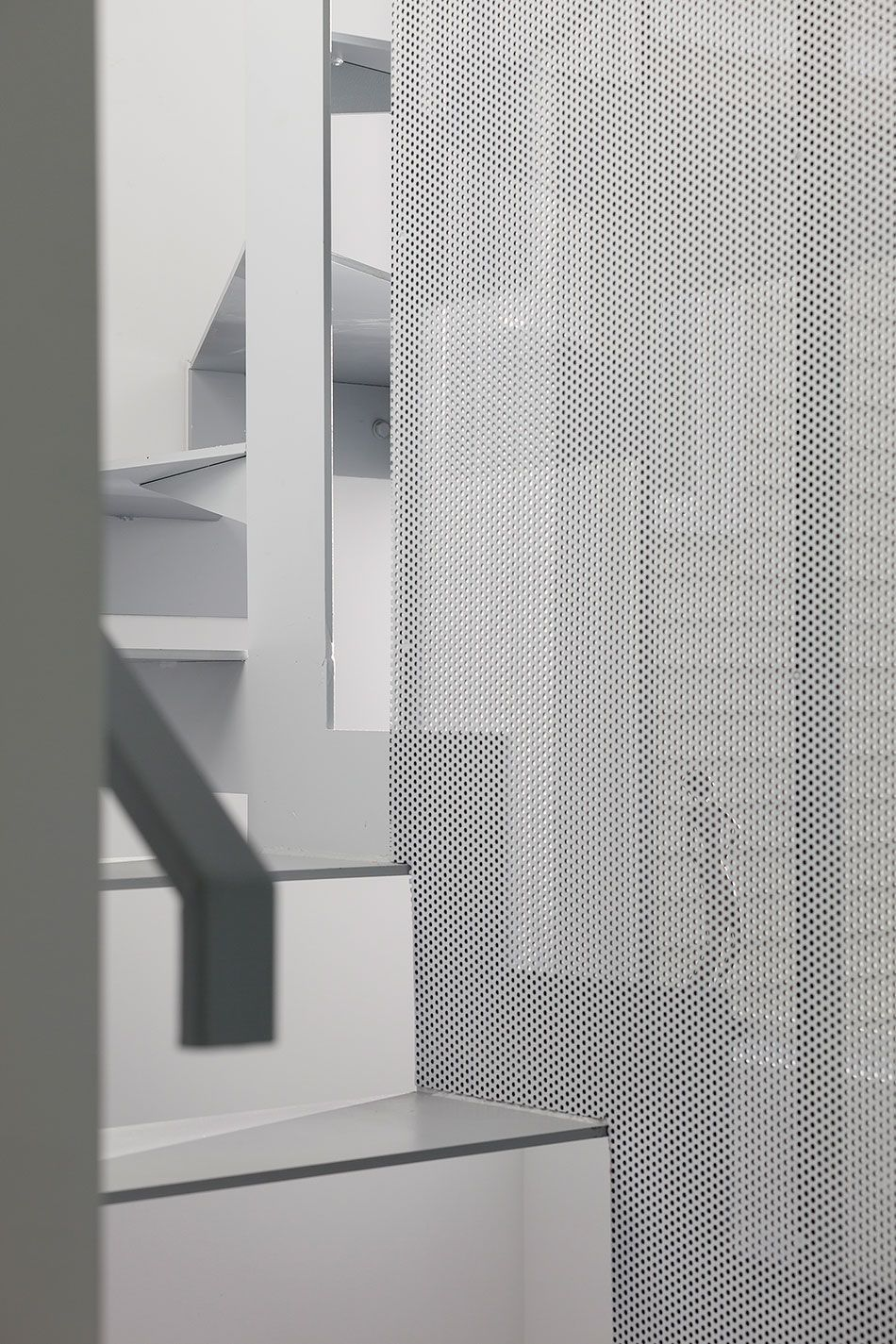 aleph bau adds aluminum structure to twelve tacoma house in rh pinterest com