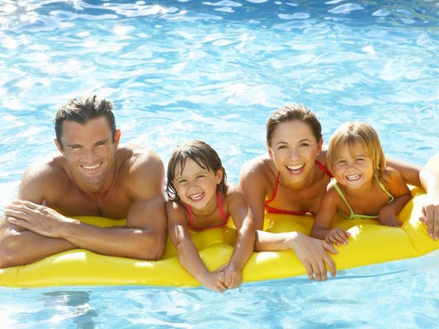 Smart water saving ideas for pools and spas summer - Florida condo swimming pool rules ...