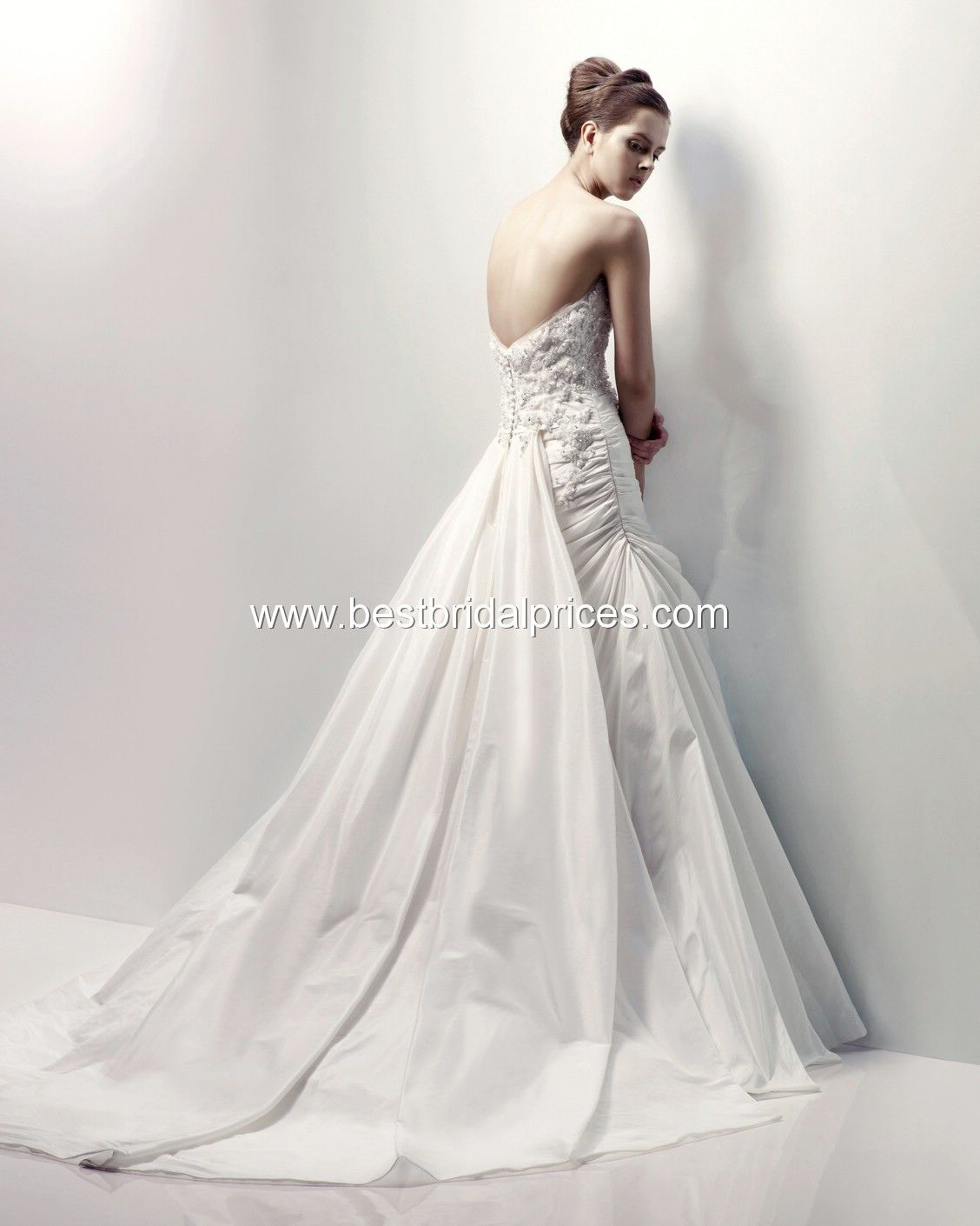 How much to alter wedding dress   Wedding Dress Alterations Calgary  Cold Shoulder Dresses for