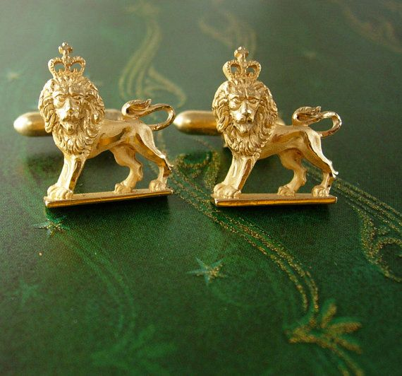 English ROYAL LION Cufflinks Vintage Crown by NeatstuffAntiques