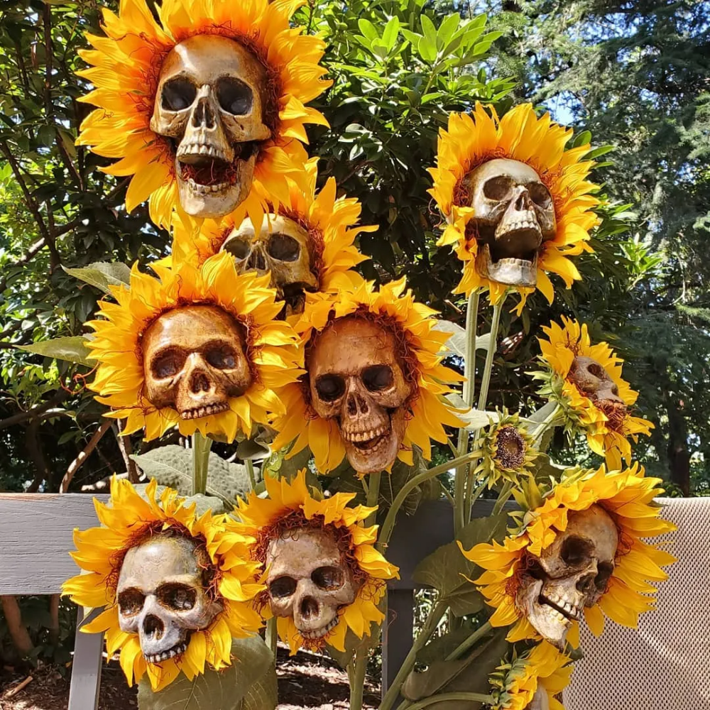 These DIY Sunflower Skulls Are Perfect For A Freaky Fall And Haunting Halloween