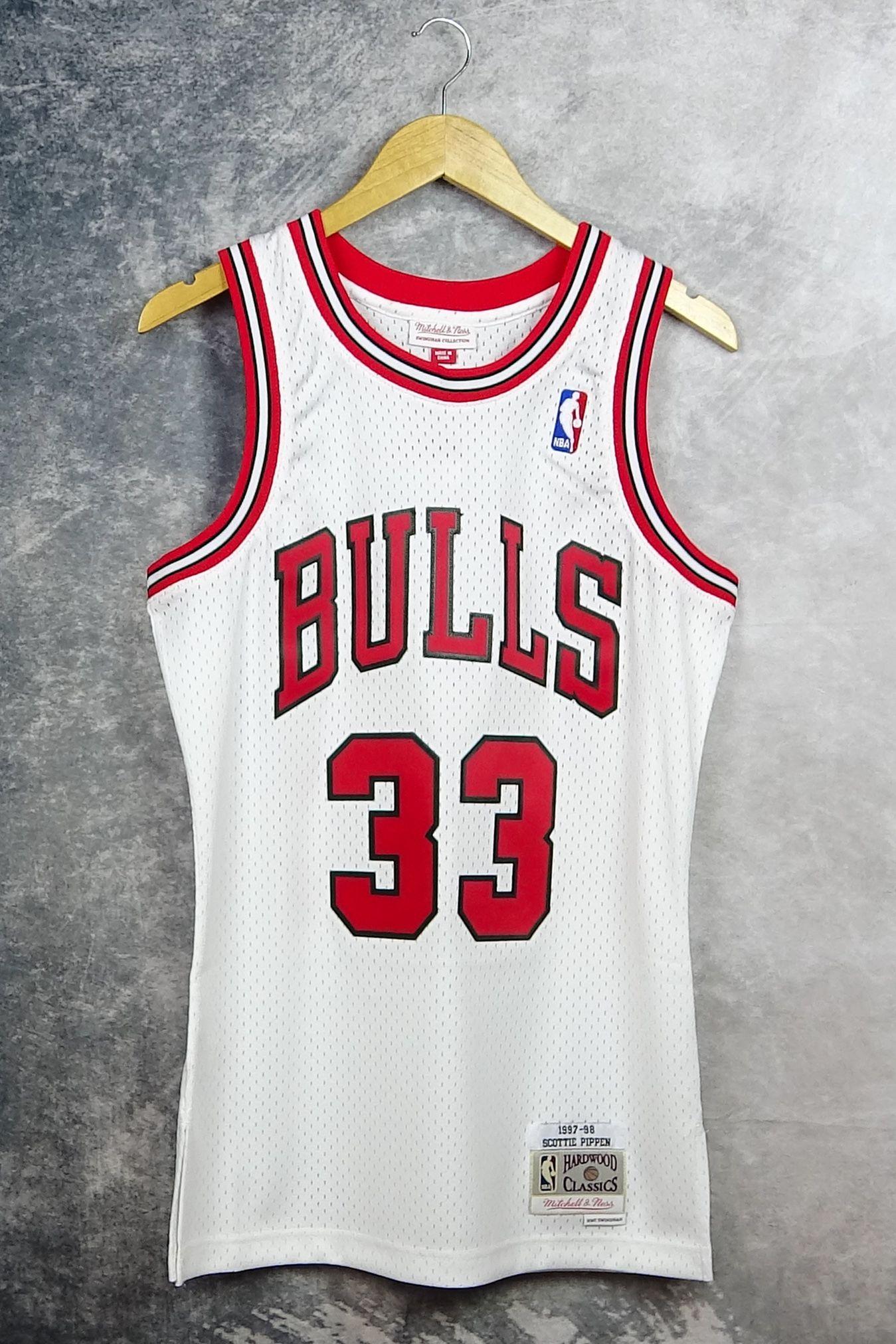 enaguas Probablemente anchura  33 Scottie Pippen. Chicago Bulls. Camiseta swingman. Retro NBA. Hardwood  Classics | Chicago bulls, Scottie pippen, Camisetas