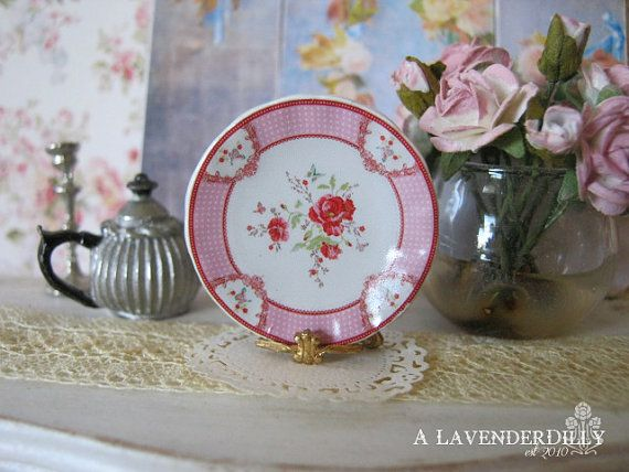 Poppy Plate for Dollhouse by ALavenderDilly on Etsy