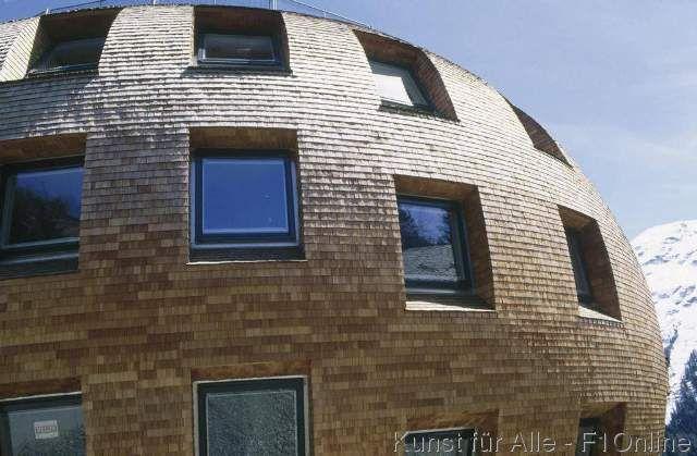 Rundes Haus, Schindeln, Norman Foster, St Moritz, Modernes - geometrische formen farben modernes haus