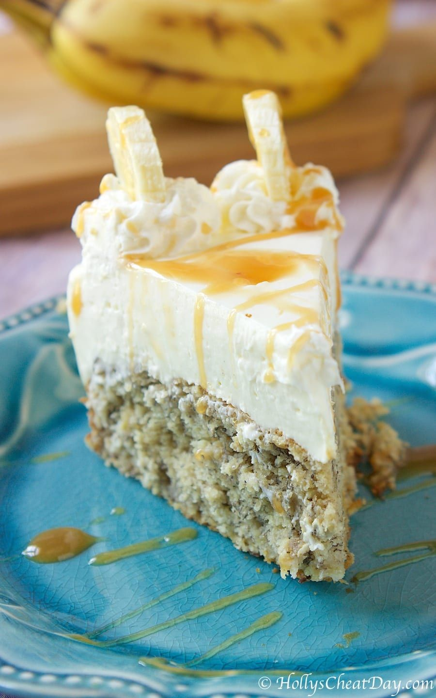 Photo of This Banana Bread Bottom Cheesecake Is A Truly Decadent Dessert