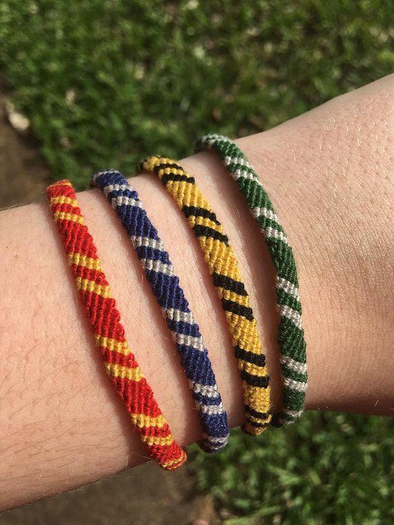 Pin von Lacy auf Crafts | Pinterest | Armbänder, Armband knoten und ...