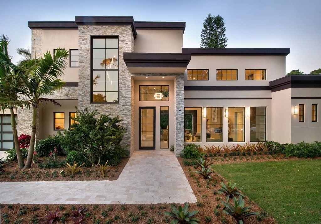 Single Story 4 Bedroom Luxurious Mediterranean Home Floor Plan Modern Style House Plans Exterior House Colors House Designs Exterior