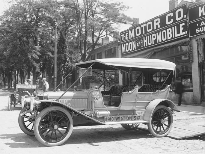 Winton Motor Cars Was One Of The First American Companies To Sell
