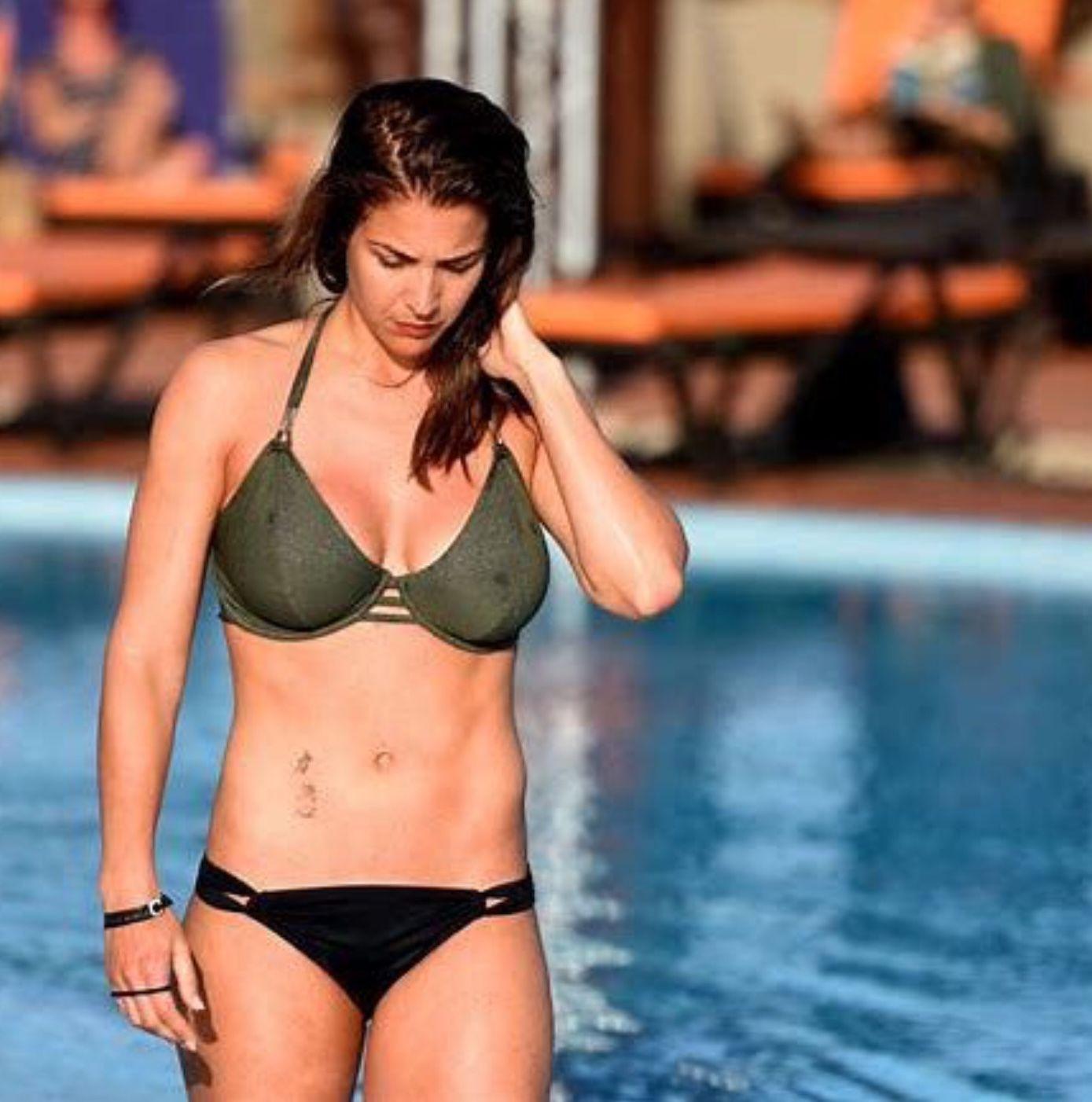 Gemma arterton body