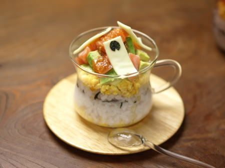 rカップ寿司鯉のぼり15