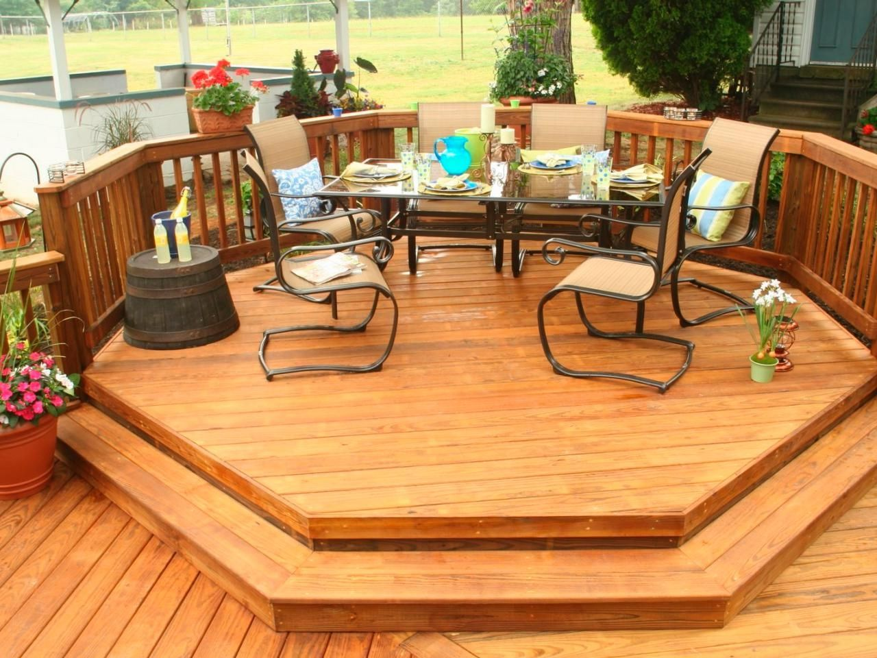 Backyard Deck Ideas Best Deck Designs For Comfy And ...