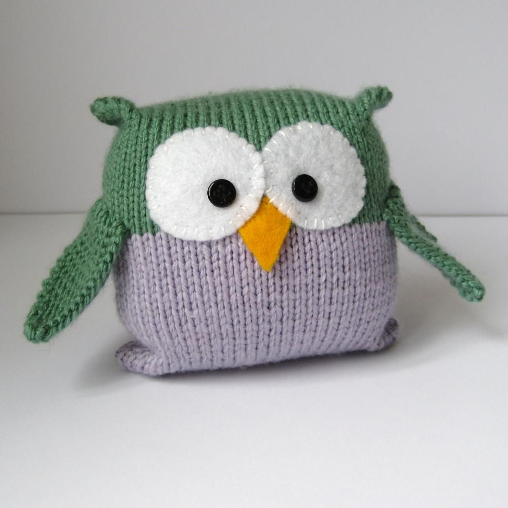 Knitting Patterns Easy Toys : Tooley Owl toy knitting pattern, easy to knit for beginners, pdf pattern with...