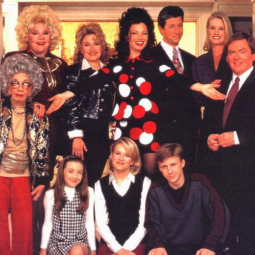 The Nanny With Images The Nanny Cast Nanny Top Tv Shows
