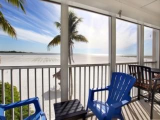 30 Best Fort Myers Beach Vacation Rentals On Tripadvisor House Rentals Condos In Fort Myers Beach Fl Castle Beach Fort Myers Beach Beach Vacation Rentals