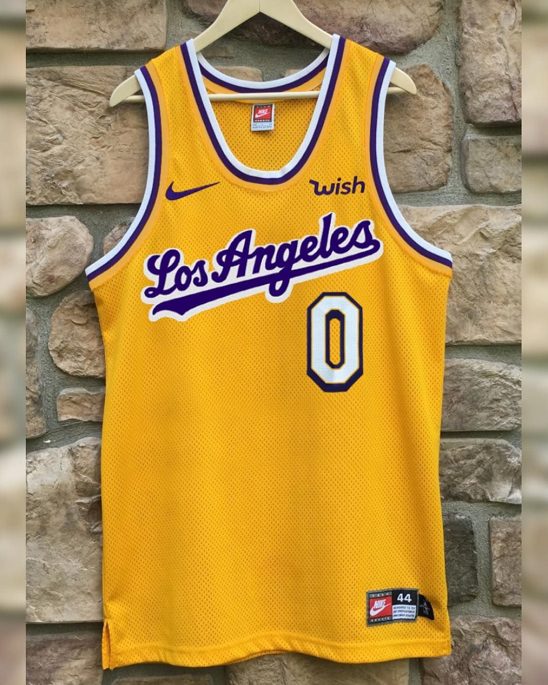 Another Look At My L A Classics Lakers Jerseys Simple And Sleek Designs I D Love For The Lake Show To Turn Into Official Alter Jersey Lakers Sleek Design