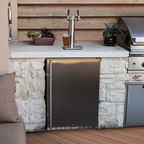 A Dual Tap Outdoor Draft Beer Kegerator For Building Into An Outdoor Entertainment Area Like A Kit Outdoor Kegerator Outdoor Kitchen Appliances Outdoor Kitchen