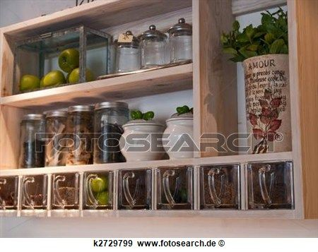 sch n klassisches kueche regale und gew rz gestell stock fotograf home ideas pinterest. Black Bedroom Furniture Sets. Home Design Ideas