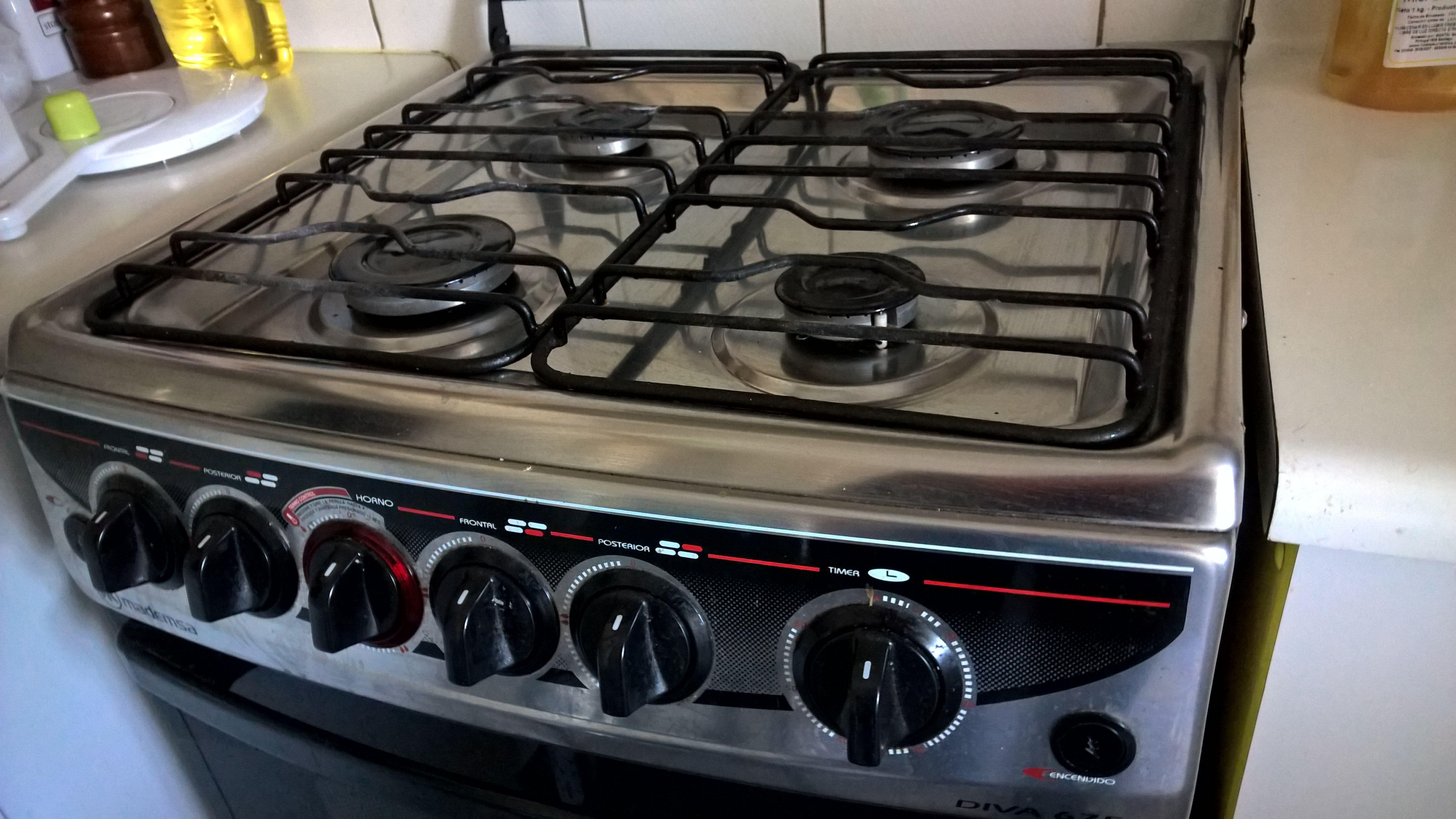50 000 Cocina Mademsa 4 Quemadores Chispero Electrico Luz En Horno Con Injectores De Gas Natural Meme Cocinas Chispero Quemadores