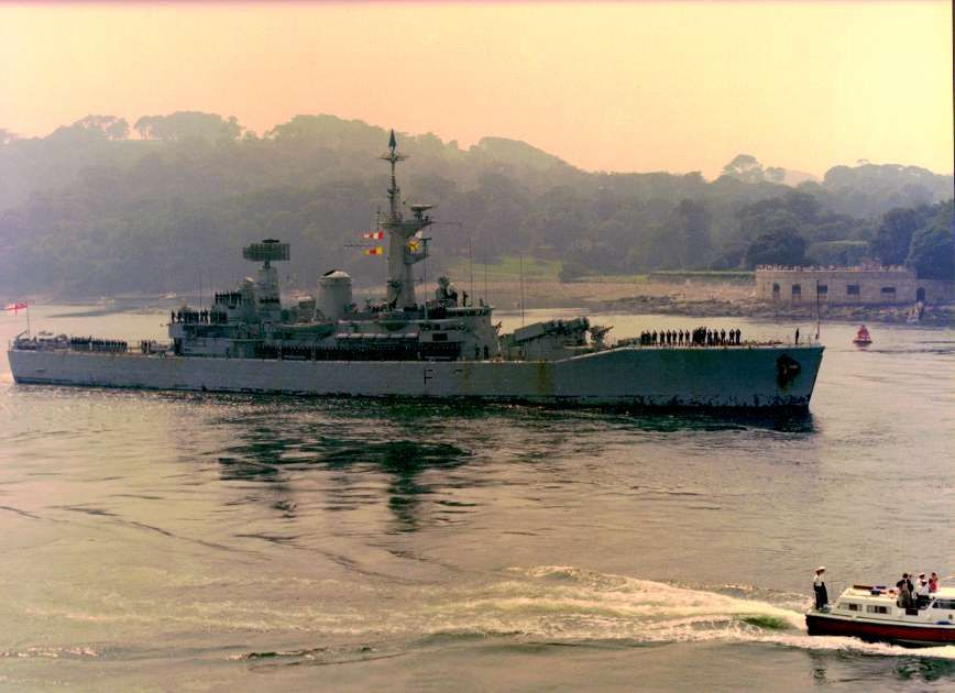 Hms Minerva Returns To Devonport 3 September 1982 Royal Navy Navy Day Naval