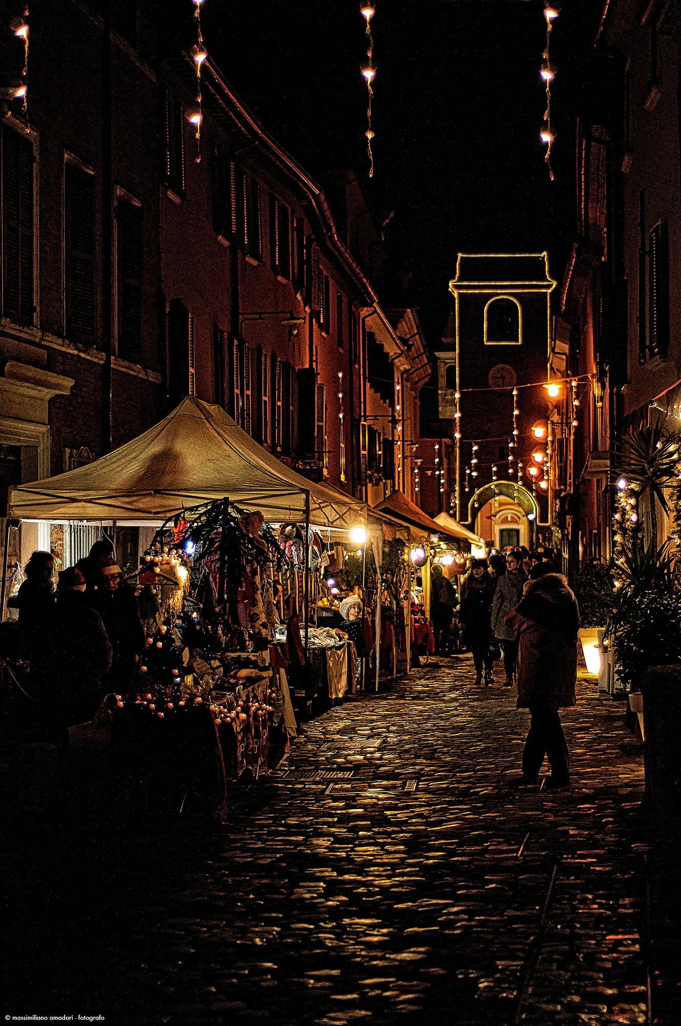 Little Christmas Italy.Christmas Street Italy Places Christmas In Italy Xmas