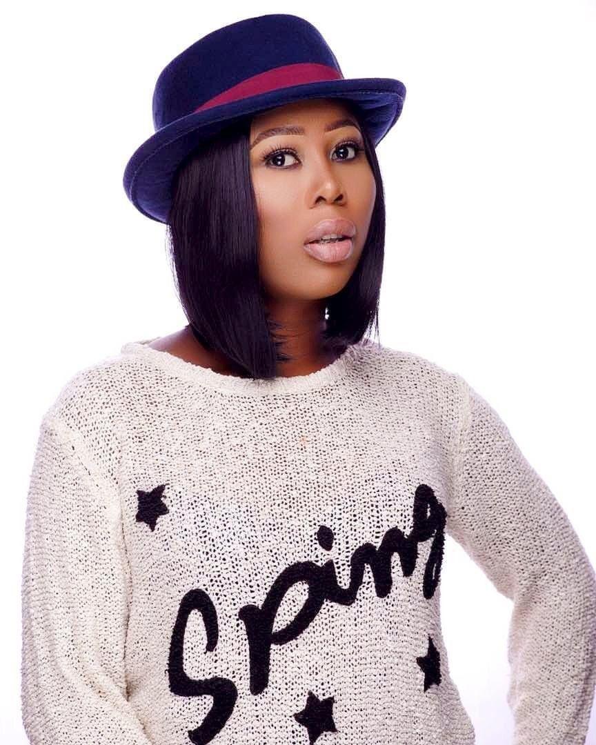 Celebrity Makeup Artist/Brand Influencer, Deola Aina