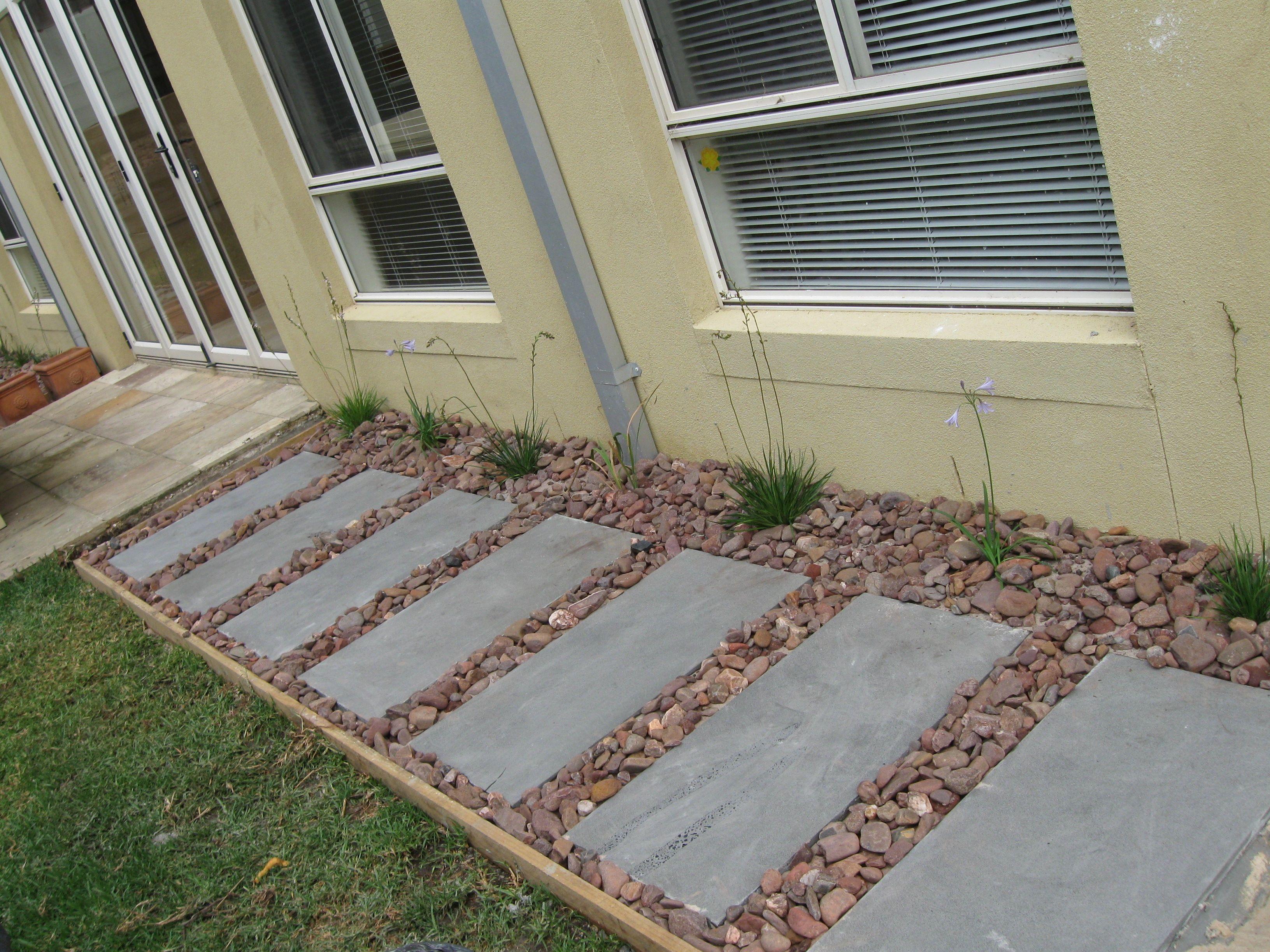 Small Backyard Makeover Ideas-1 | Small backyard ... on Small Backyard Renovation Ideas id=84180