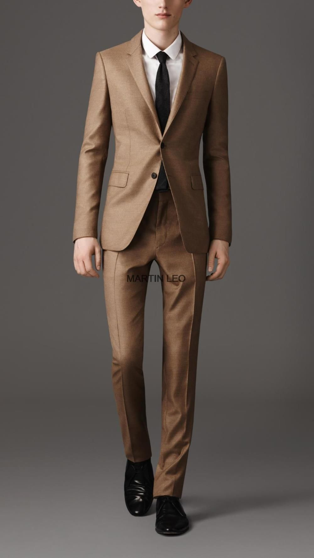 Brown Suit Wedding - Ocodea.com