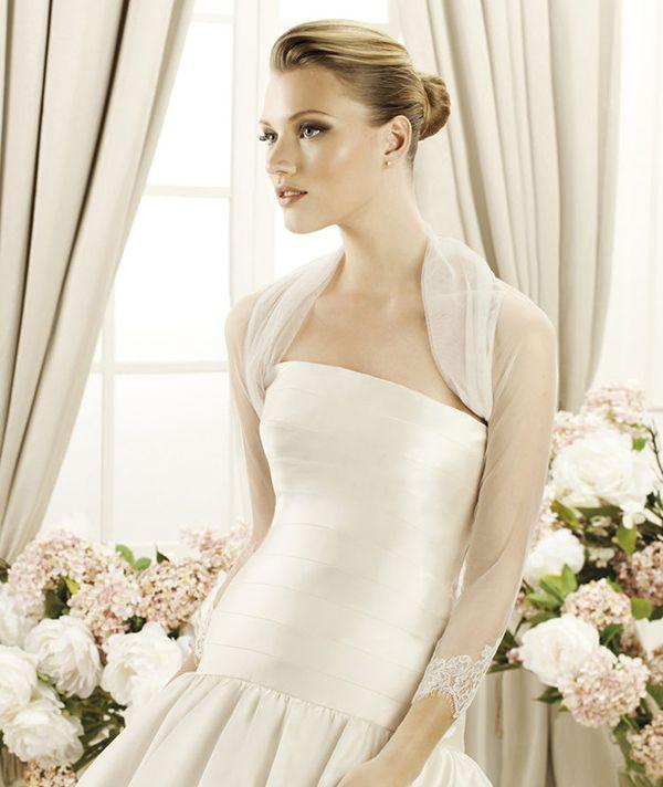 Pronovias 2013-2014. #casamento #acessórios #noivas #casacos