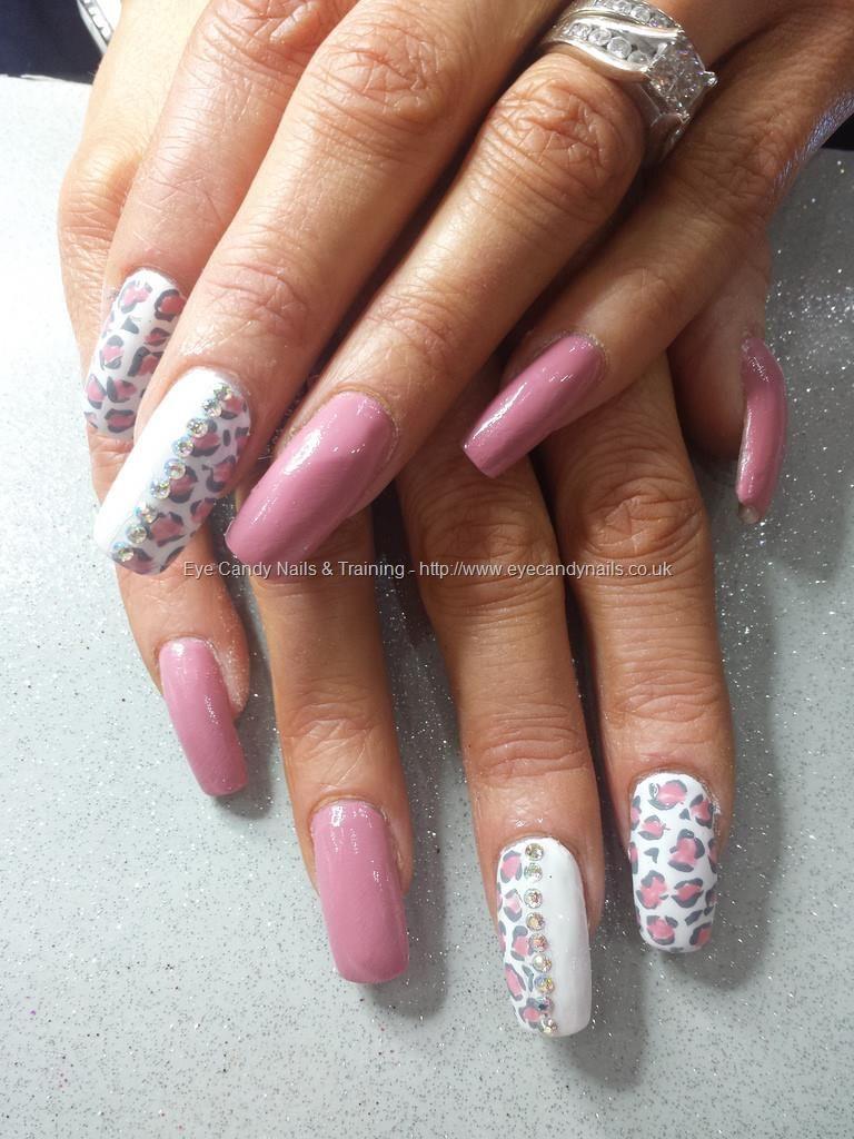 Cute Cheetah Print Nail Pink Black And White Nail Art Designs Cute Nails Nail Art