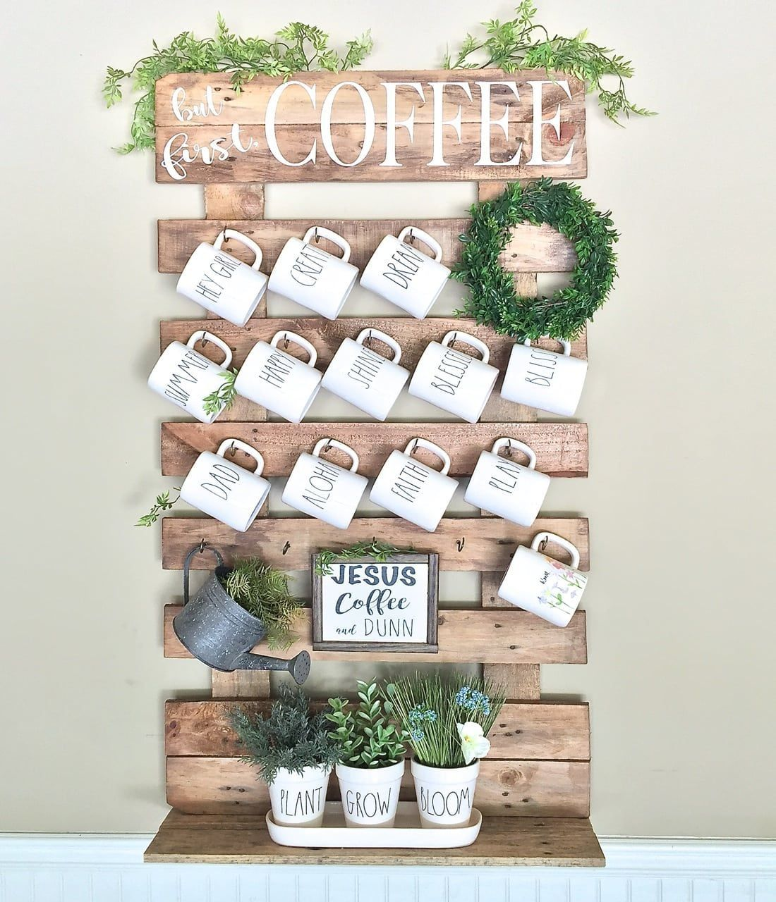 Diy Wall Mug Rack From Wood Pallet Coffee Mug Holder Diy Coffee
