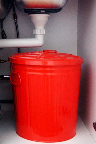 Attractive Make Your Own Compost Bin For Under The Kitchen Sink! Iu0027m Considering Using