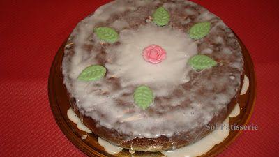 Gâteau aux fruits confits.