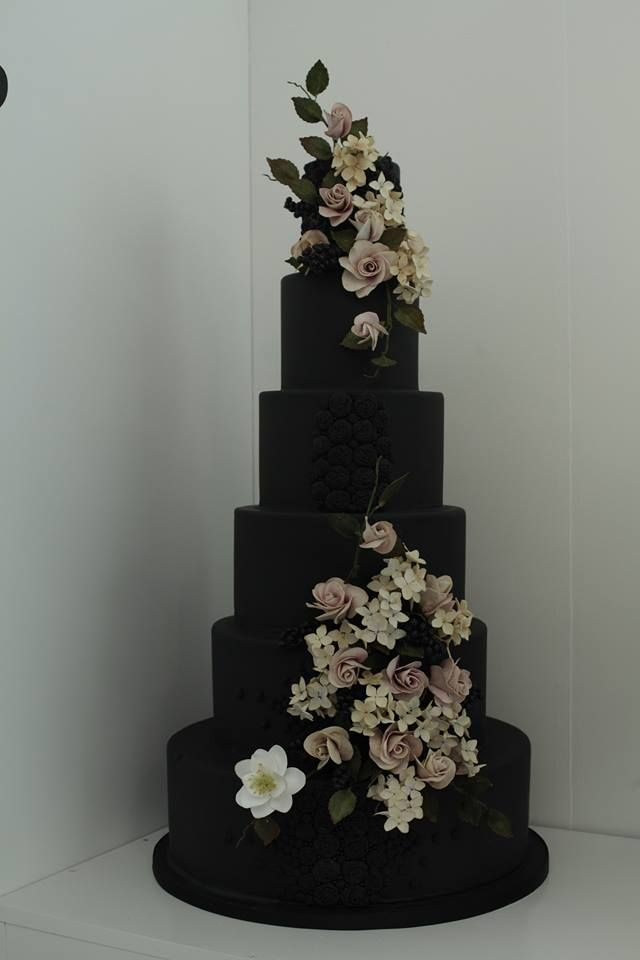 Wedding Cake Design by Victoria Made