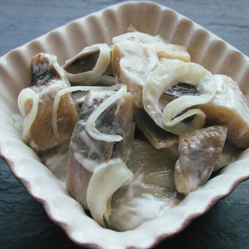 Pickled Herring With Cream Onions Swedish Christmas Food Swedish Recipes Scandinavian Food