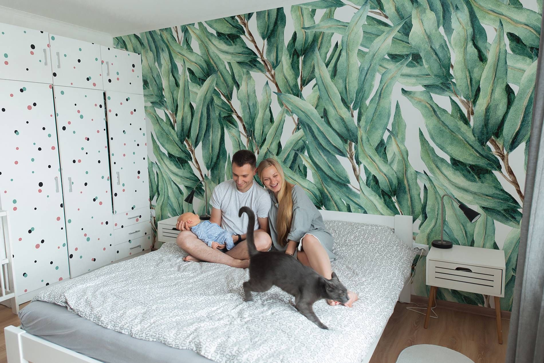 Bedroom in leaves • ✓ 365 Day Money Back Guarantee ✓ Consulting on the Pattern Selection ✓ 100% Safe✓ Set up online!